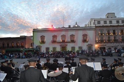 Promueve godezac la paz a través de concierto de banda militar