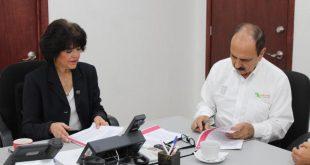 Firma Cecytez acuerdo con Infonavit para regularizar adeudo
