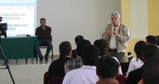 Coordinarán esfuerzos Cecytez e Izea para abatir el rezago educativo