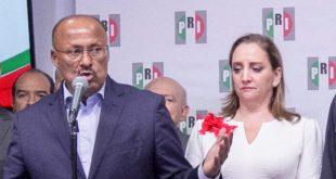 René Juárez renuncia al PRI, asume Claudia Ruiz Massieu