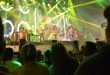Intocable pone a cantar a los asistentes al Multiforo de la FENAZA