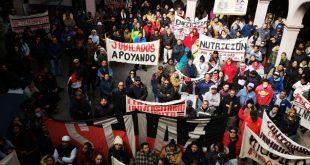 Universitarios harán protesta en Palacio Nacional y Congreso