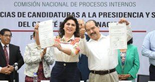 Reciben constancia que acredita la candidatura de Ivonne Ortega Pacheco y José Encarnación Alfaro Cázares
