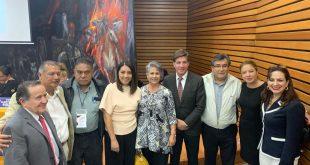 Virgilio Rivera  propone en la Facultad de Derecho de la UNAM, la creación del Parlamento Nacional de los Mexicanos en el Exterior (PANAMEX)