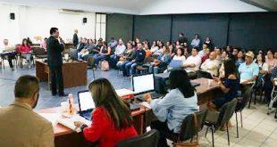 Asigna SEDUZAC plazas a docentes de preparatorias estatales