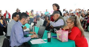 Autoridades de EUA entrevistan a más de 200 zacatecanos posibles beneficiarios a una pensión del SS-EUA