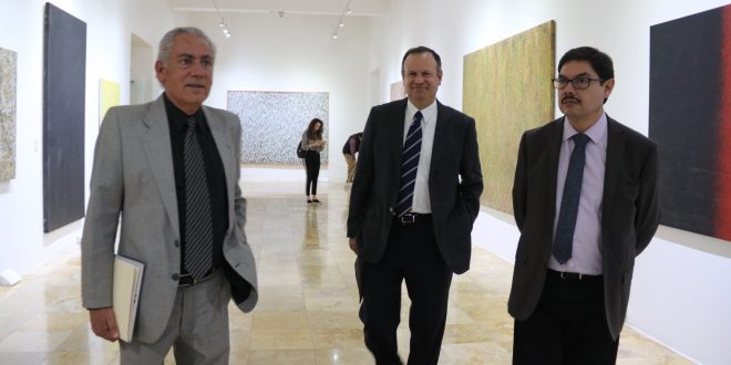 Inauguran el discurso visual abstracto de Alberto Vargas, Tarciso Pereira y Carlos Castañeda