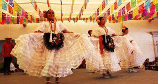 Festeja Cobaez la mexicanidad