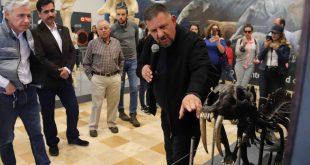 """Más de 2 mil visitantes, en el inicio de la exposición """"Megabestias del Pasado"""", en el Zigzag"""