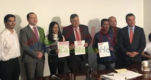 Gobernación actúa como mediadora en firma de plan entre minera Peñasquito y habitantes de Mazapil para garantizar abasto de agua
