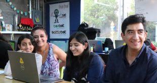 Capacita Cozcyt a 157 niñas en programación web
