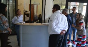 Continúa atención a usuarios en plazas comunitarias y coordinaciones regionales del IZEA