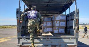 180 toneladas de insumos y equipo médico, distribuido por la Armada de México en apoyo al Sector Salud