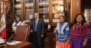 Presidente se reúne con candidatas a presidenta del Conapred