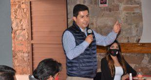 Las redes sociales serán pieza fundamental para la elección de 2021: Enrique Flores
