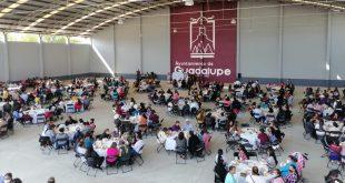 Cientos de madres de familia guadalupenses apoyan a Julio César Chávez en la región Tacoaleche