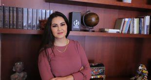 Lamenta Geovanna Bañuelos que no se resguardara y limpiara la escena del crimen en Plaza Bicentenario